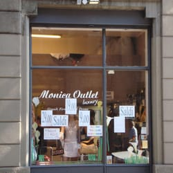 Monica outlet - Shopping - Via Pontaccio 7, Centro Storico, Milan ...