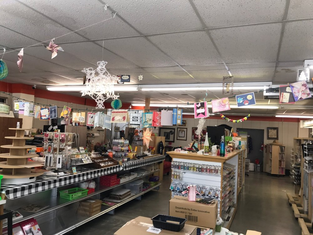 The Craft Lab: 109 S Second St, Deepwater, MO