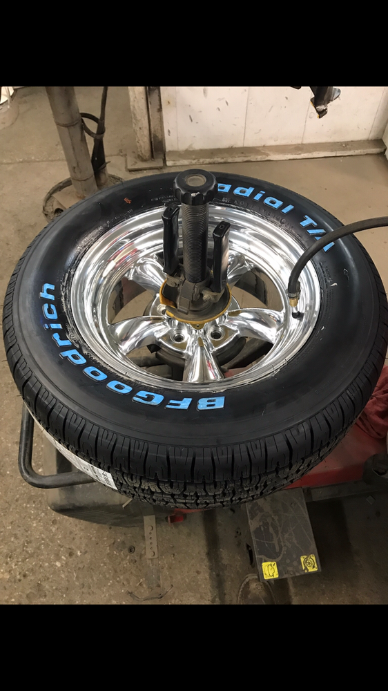 Sams Tire Service: 719 Chandler Ave, Glencoe, MN