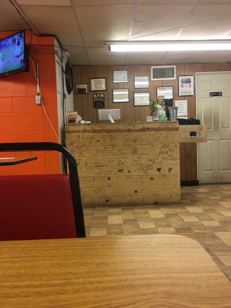 Toreados Taco Grill: 205 W Sanger St, Hobbs, NM
