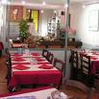 l escale ferm 14 avis restaurants 4 place de gordes grenoble france restaurant. Black Bedroom Furniture Sets. Home Design Ideas