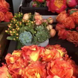 Photo of Mercedes Flowers - Austin, TX, United States. Custom orders always welcomed