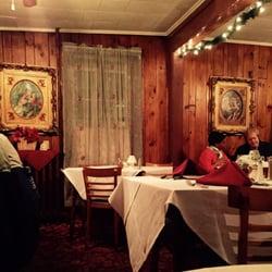 Photo Of Bongiorno S Restaurant Albany Ny United States Old School Interior