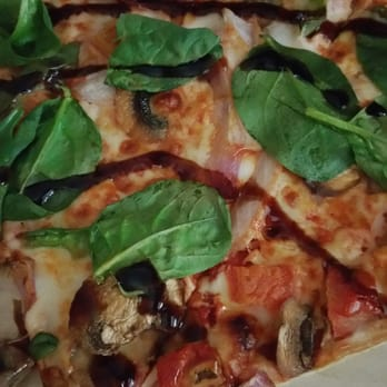 Pizza Hut - 14 Photos & 15 Reviews - Pizza - Maple Valley Black ...