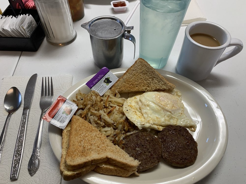 Simply Country Cafe: 823 W Helm St, Brookfield, MO