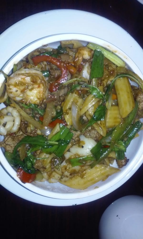 Drunken noodles with squid and shrimp yelp for Ayara thai cuisine