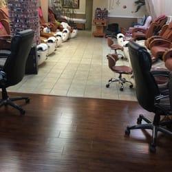 Magic nails manucure pedicure 501 belt line rd for A q nail salon collinsville il