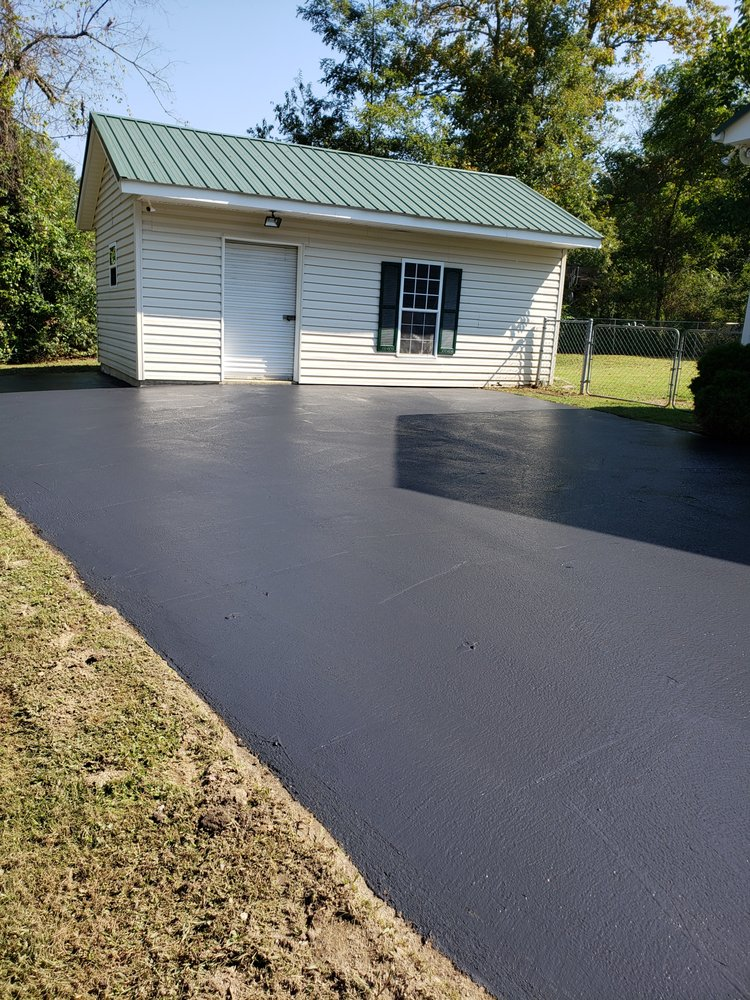 Frost Paving: 189 Maple Leaf Ln, Clyde, NC