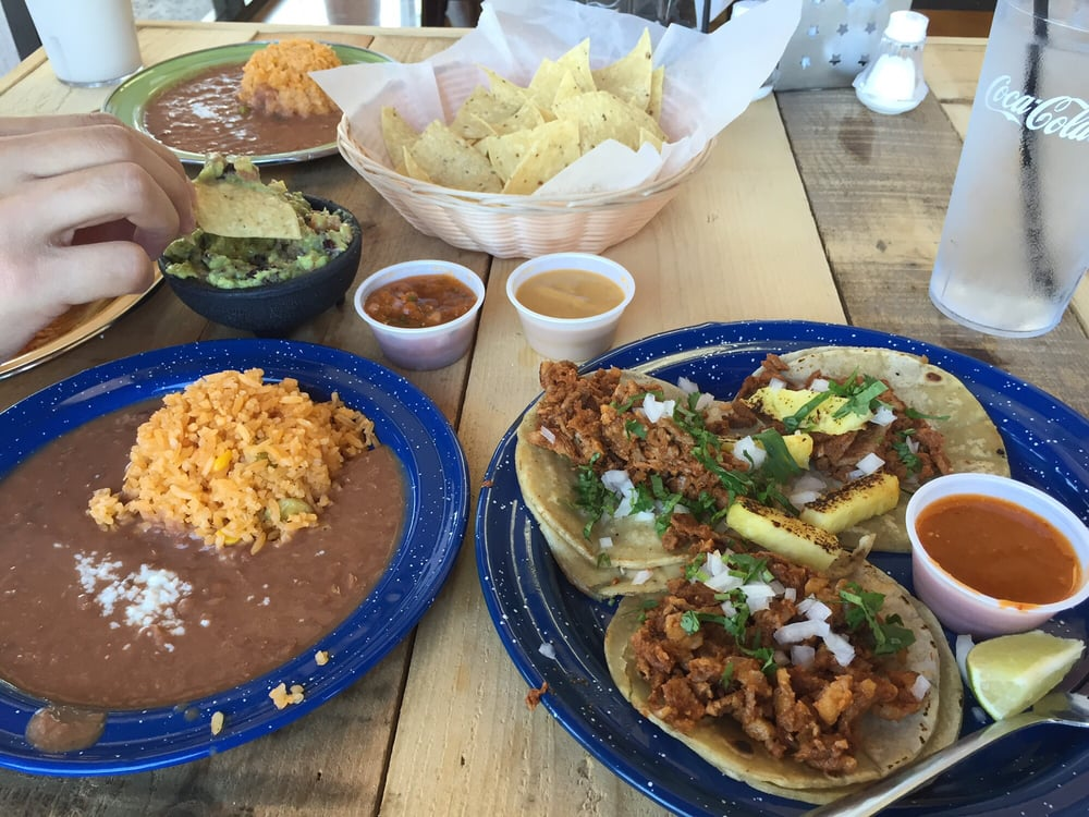 De alaman tacos which come with a side of rice and beans for Mama s kitchen san diego