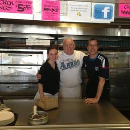 Photo De Caligiuriu0027s Patio Pizza U0026 Restaurant   Saint James, NY, États Unis