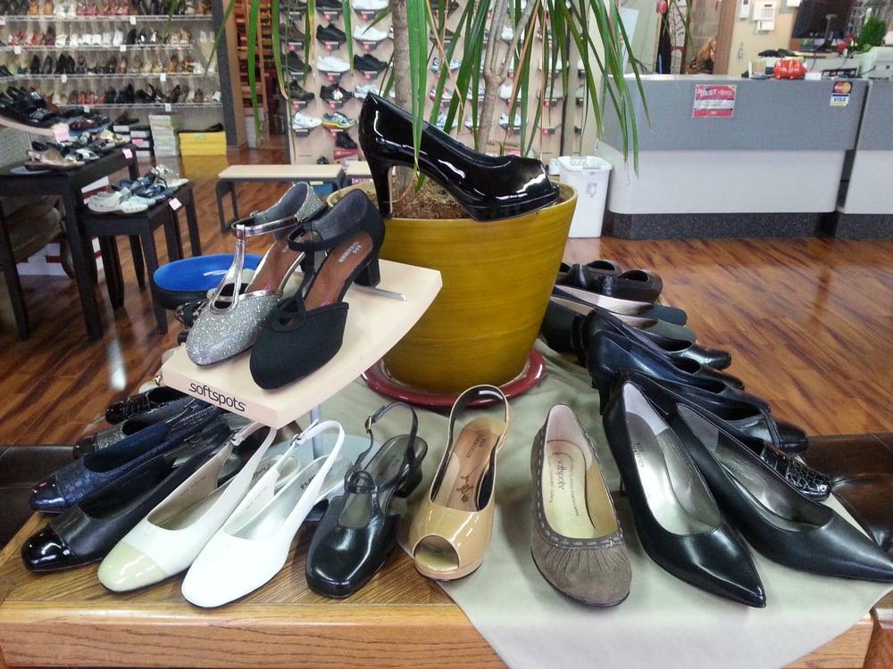 Wide Shoes Renton