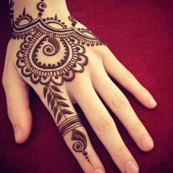 Heena boutique and salon 18 reviews skin care 123 s for Henna tattoo richardson tx