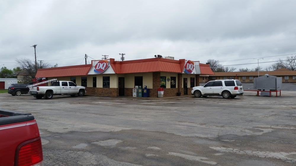 Dairy Queen: 803 N Patrick, Dublin, TX
