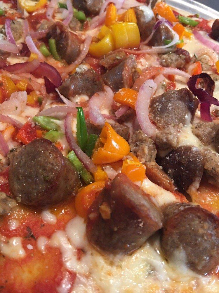 Zifaro's Pizza: 427 N Dawson St, Uhrichsville, OH