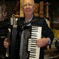Accordion Italian Music Studio - Musical Instruments & Teachers