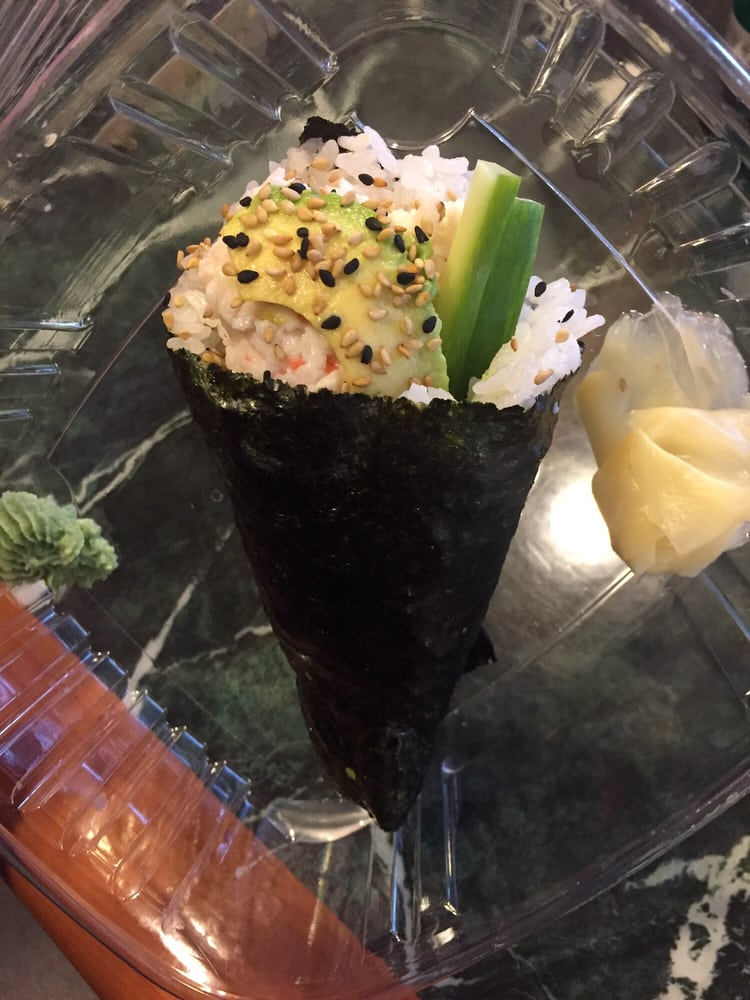 California handroll to go yelp for Flying fish bar and grill