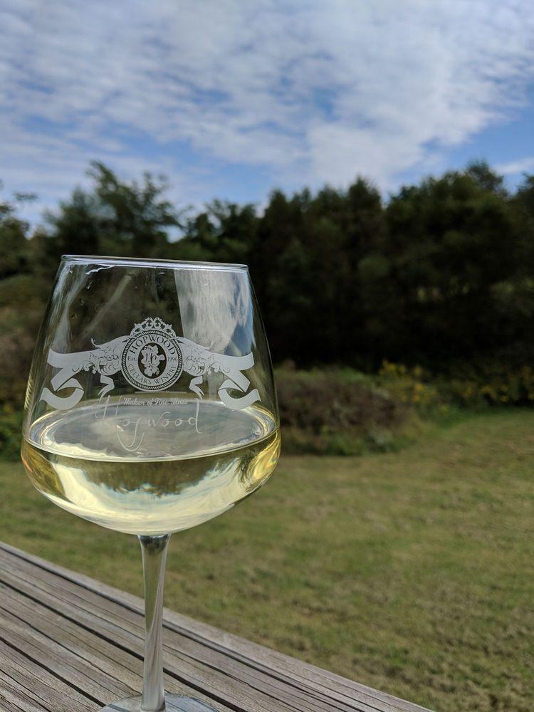 Hopwood Winery: 9435 IN-243, Cloverdale, IN