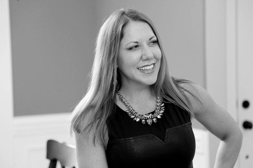 Amanda Howard - Sotheby's International Realty: 3005 L And N Dr, Huntsville, AL