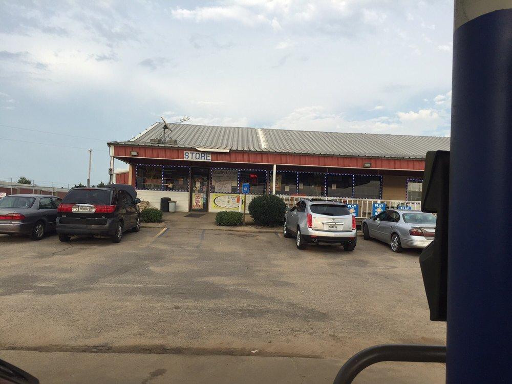 Sasser Flea Market: 8109 Albany Hwy, Sasser, GA