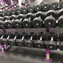 Planet fitness dumbells
