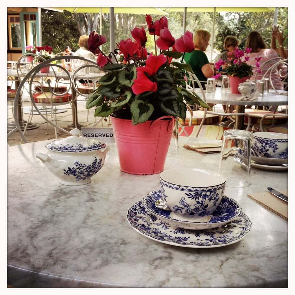 Vaucluse house tea rooms 12 foto 39 s 10 reviews caf s for Jackie o house vaucluse