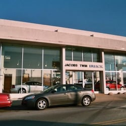 Jacobs Twin Buick CLOSED Car Dealers W Grand Avenue - Buick dealers chicago