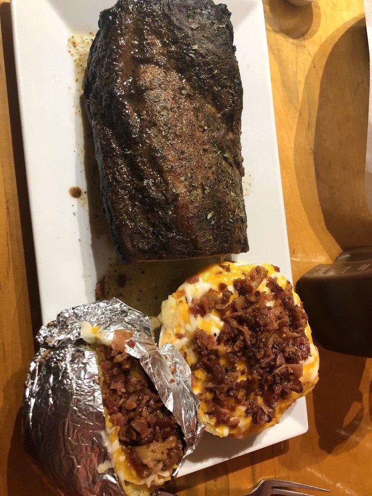 Big Bad Wolf Smokehouse Grill: 189 N Mount Juliet Rd, Mount Juliet, TN