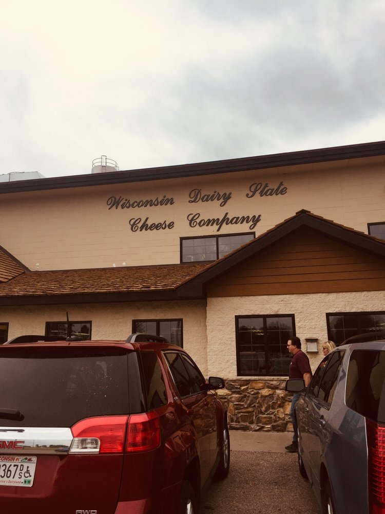 Wisconsin Dairy State Cheese: 6860 State Highway 34, Rudolph, WI