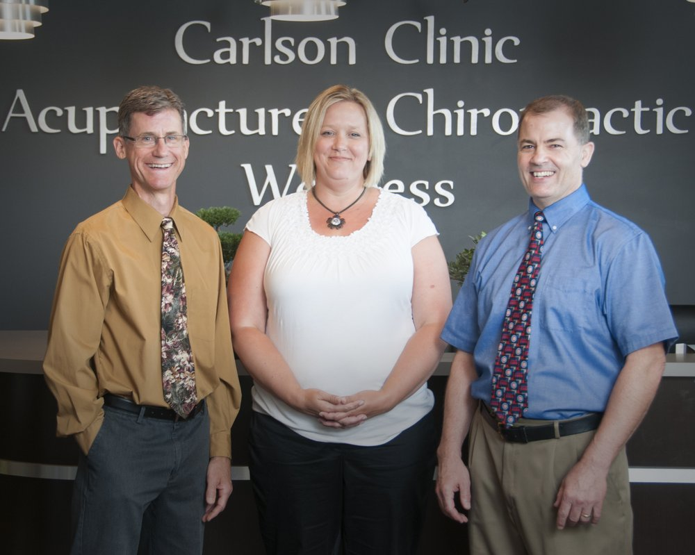 Carlson Acupuncture & Chiropractic Clinic: 115 N Galena Ave, Dixon, IL