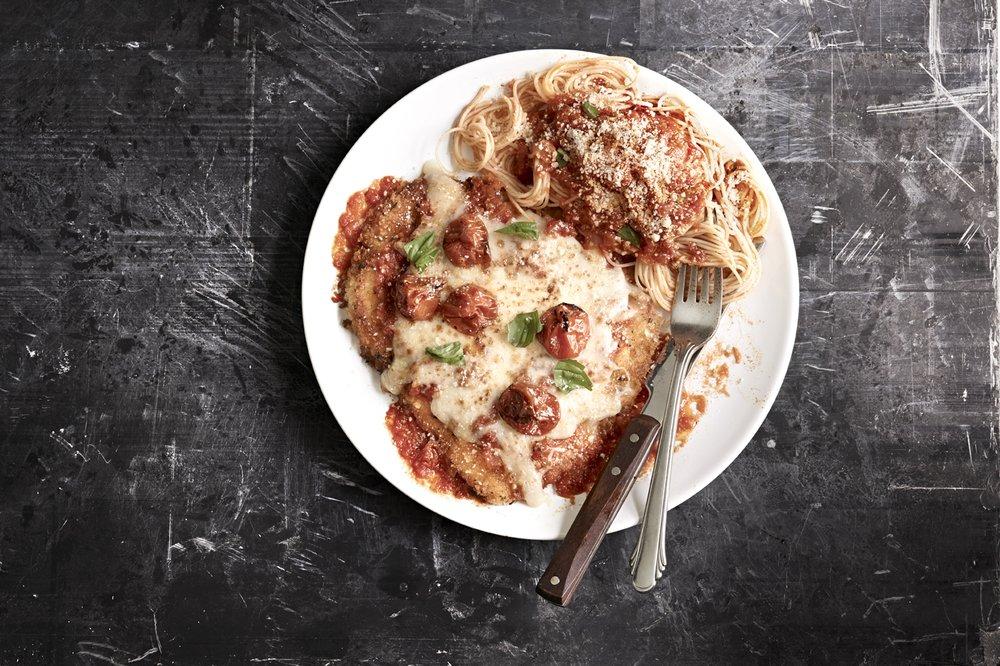 Romano's Macaroni Grill: 27490 W Lugonia Ave, Redlands, CA