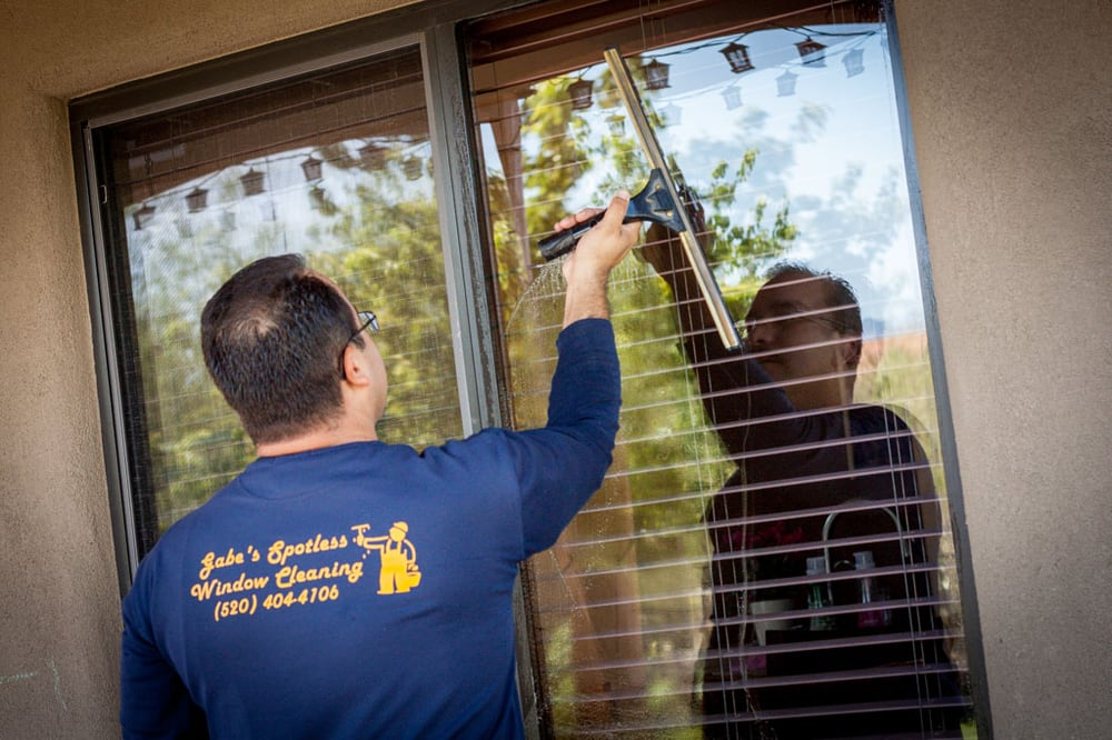 Gabe's Spotless Window Cleaning: Tucson, AZ