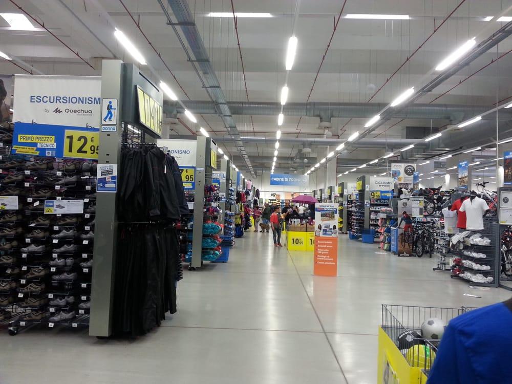 fe6bb6a58ad1 Foto di Decathlon - Sesto Fiorentino, Firenze, Italia. Il negozio dentro