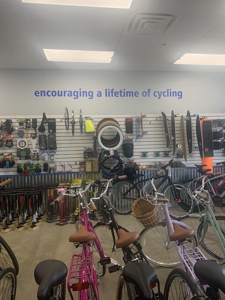 NeverEnding Cycles: 1060 E Schaumburg Rd, Streamwood, IL