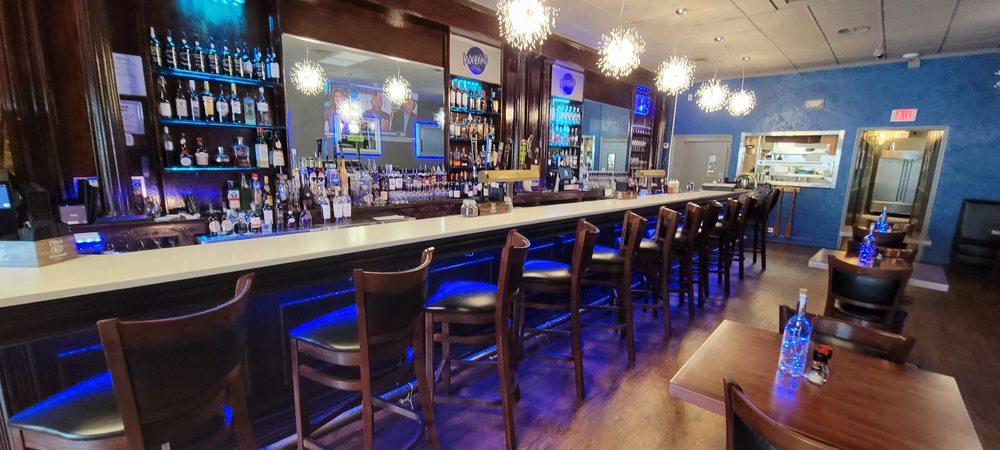 Morevino Restaurant & Wine Bar