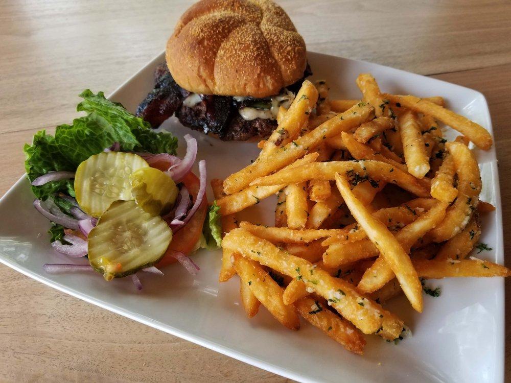 Orleans Trail Resort & Restaurant: 15857 S 1525th Rd, Stockton, MO