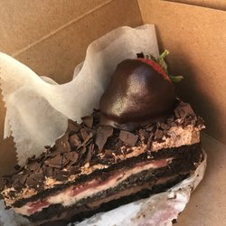 La Bonne Bouchee Strawberry Cake