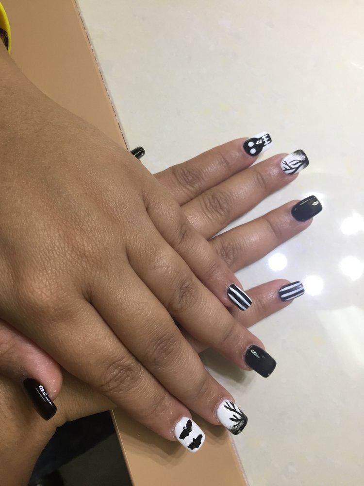Nails 4 U: 2102 S Macarthur Dr, Alexandria, LA