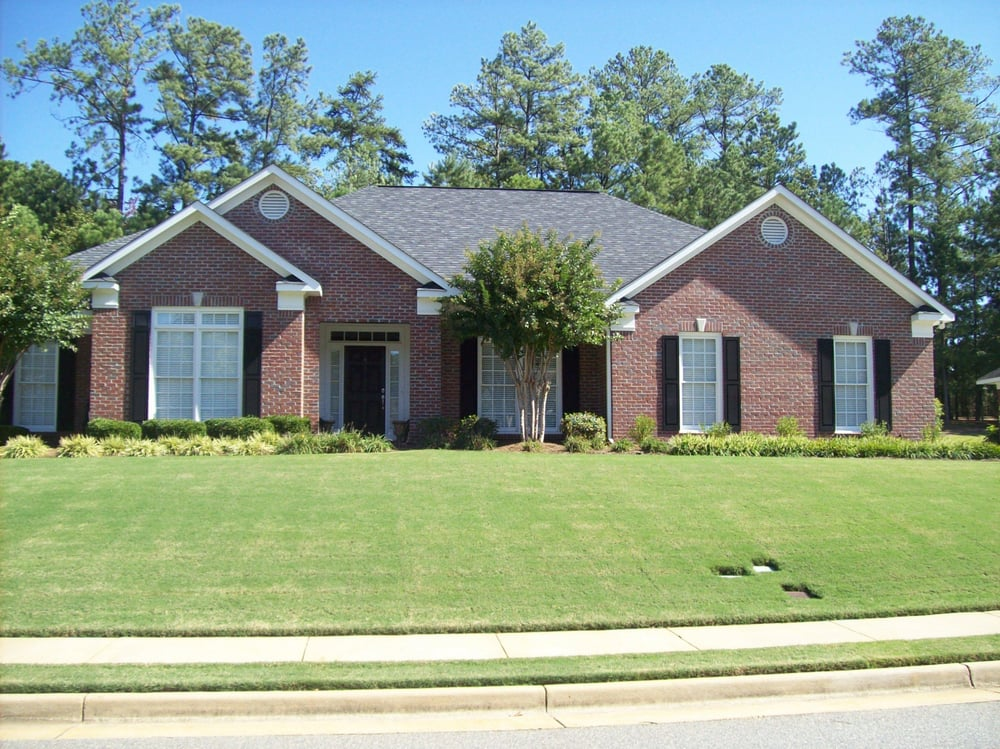 One story brick home 2300 sq ft 4 br 2 1 2 bath 2 car for 2 car garage sq ft