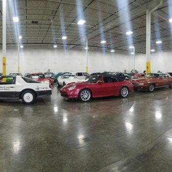 Gateway Classic Cars of Chicago - 1329 Commerce Dr, Crete