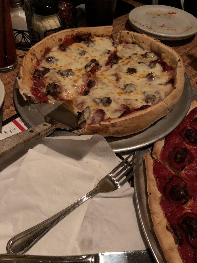 Mequon Pizza Company: 12020 N River Rd, Mequon, WI