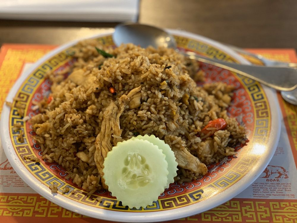 Bangkok Grocery & Restaurant: 3277 Refugee Rd, Columbus, OH