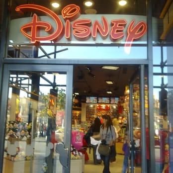disney store norge