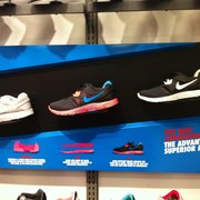 f4b12378ad340 Lady Foot Locker - 11 Reviews - Shoe Stores - 1176 Glendale Galleria ...