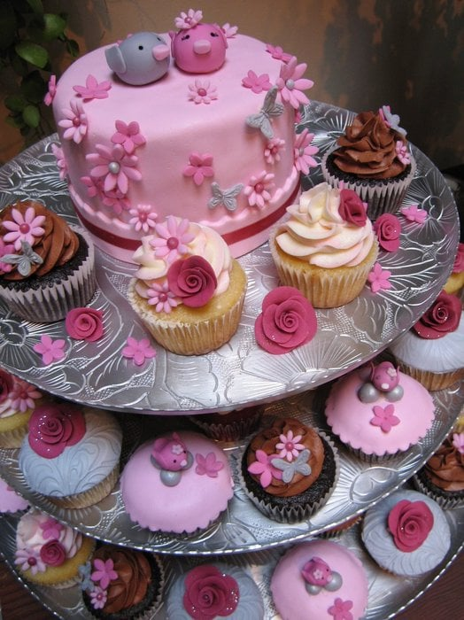 Cake Bakeries In Burbank Ca