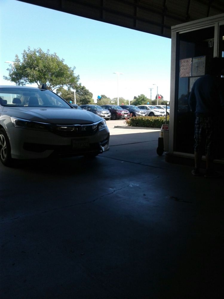 Santa barbara honda 111 reviews car dealers 475 s for Honda dealership santa barbara