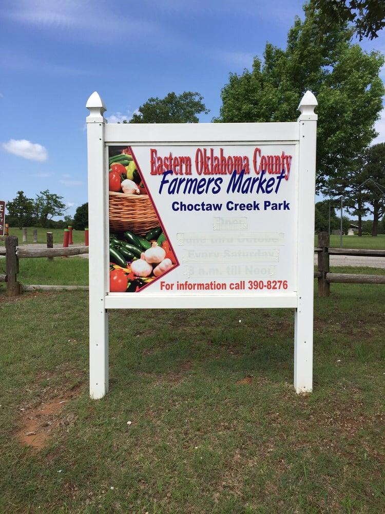 Choctaw Farmers Market: 2001 N Harper Rd, Choctaw, OK