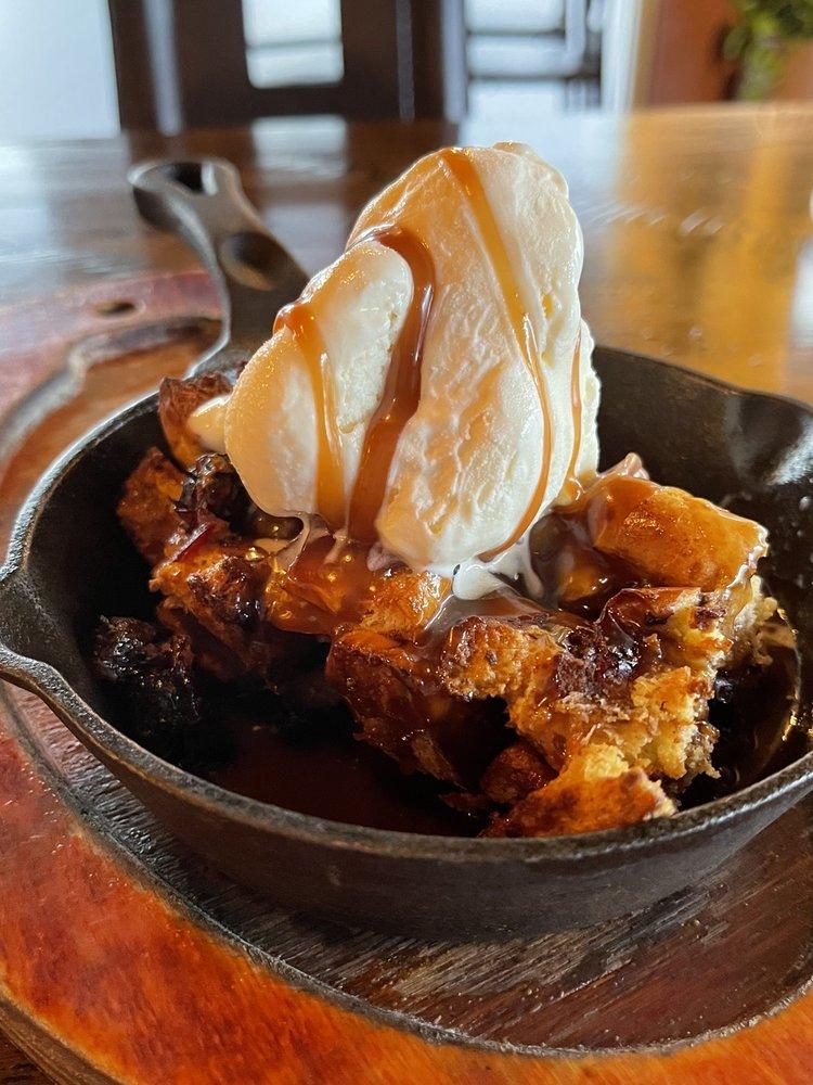 Essence Kitchen + Bar: 1021 N State Rte 89, Chino Valley, AZ