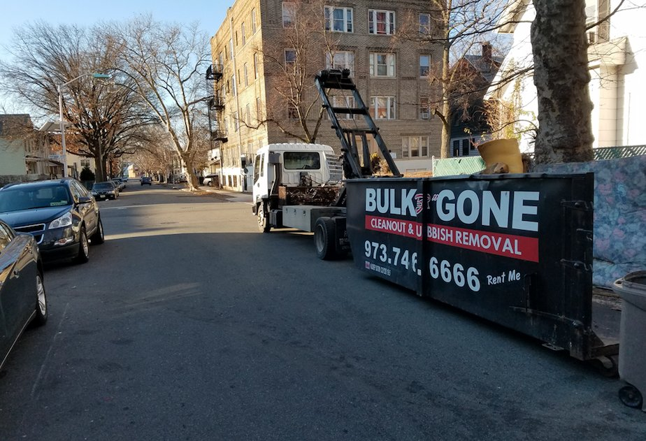 Bulk B Gone: 26 Oak Pl, Montclair, NJ