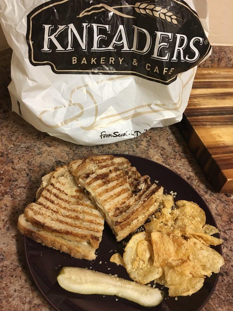 Kneaders Bakery Cafe Thornton Co
