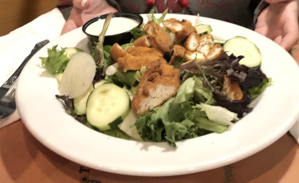 Ginger's Hideaway: 302 E Lake St, Horicon, WI